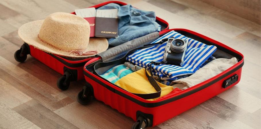 بستن چمدان مسافرت